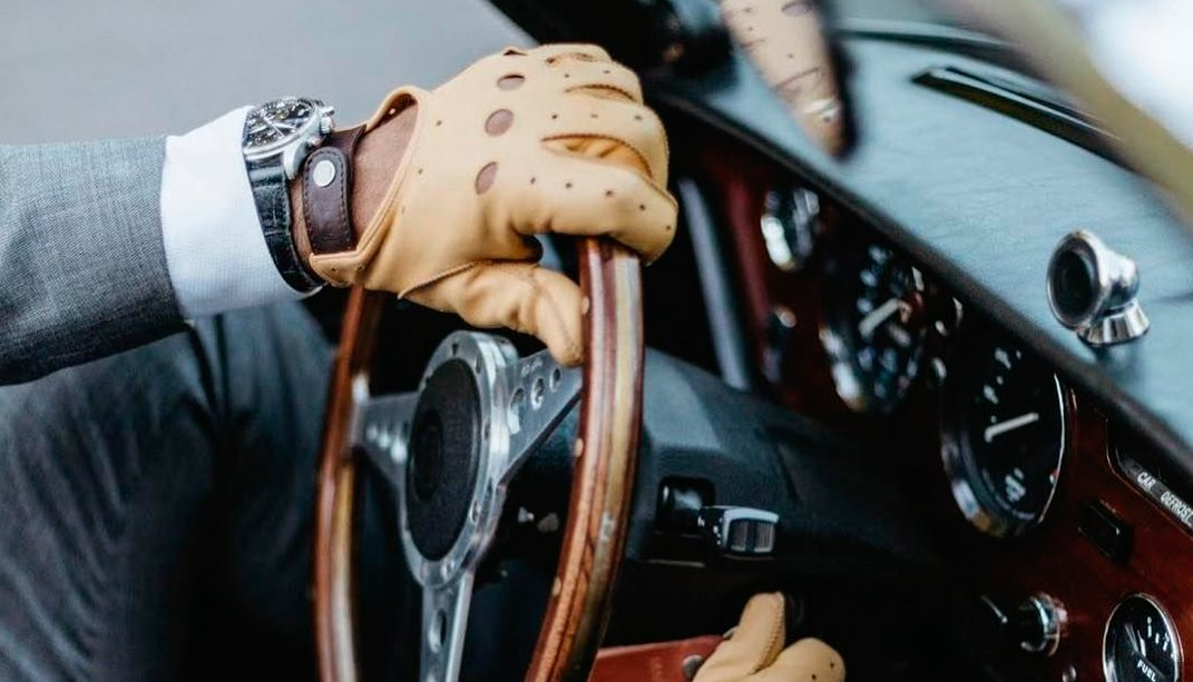 Top 5 Isotoner Driving Gloves Comparison and Buying Guide 2020