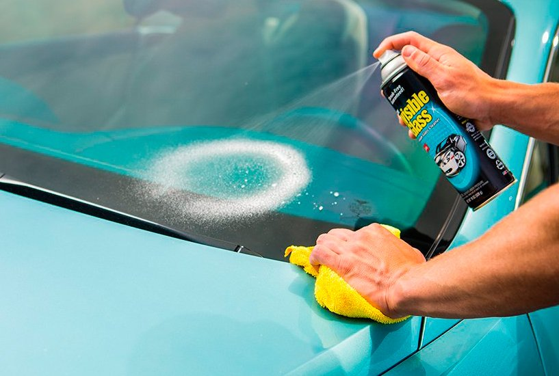 5 Invisible Glass Car Windshield Cleaner and Buying Guide